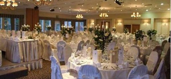 What's The Right Catering Company For Your Wedding